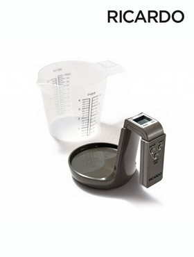 Picture of Measuring Cup with Integrated Scale